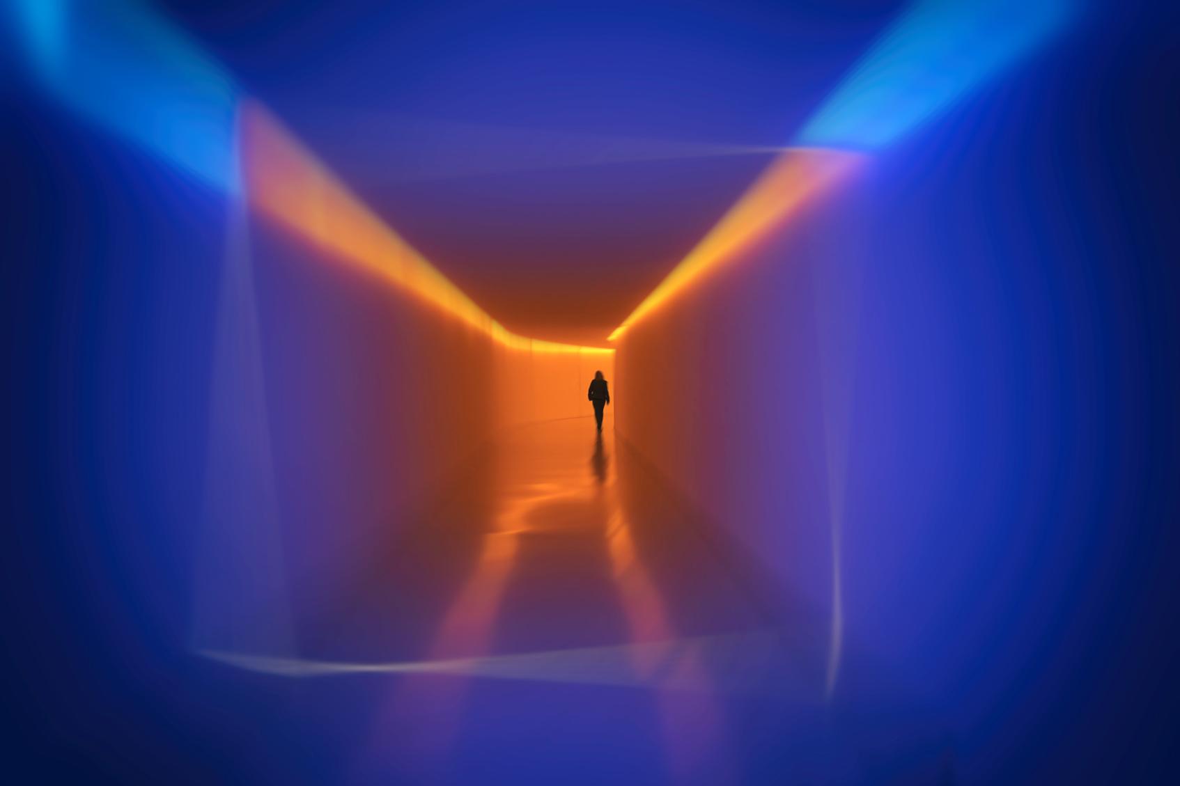 неоновый свет