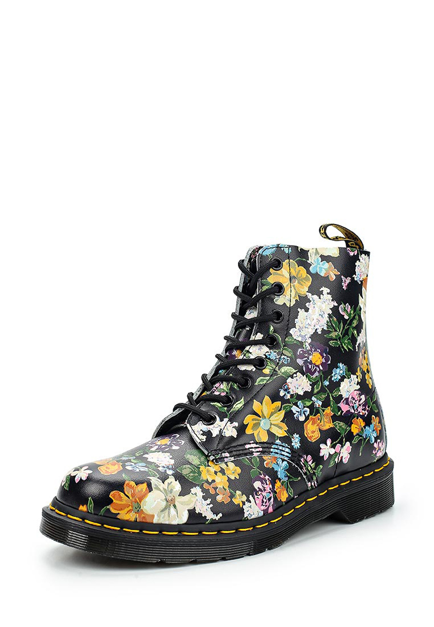 разноцветные ботинки