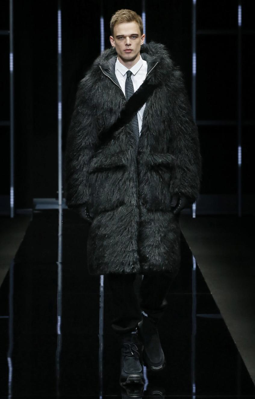 черная мужская шуба Emporio Armani 2019