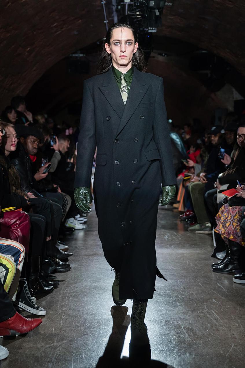 длинное черное мужское пальто John Lawrence Sullivan