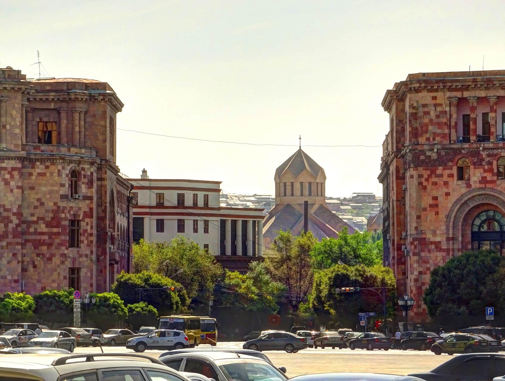 Ереван где остановиться