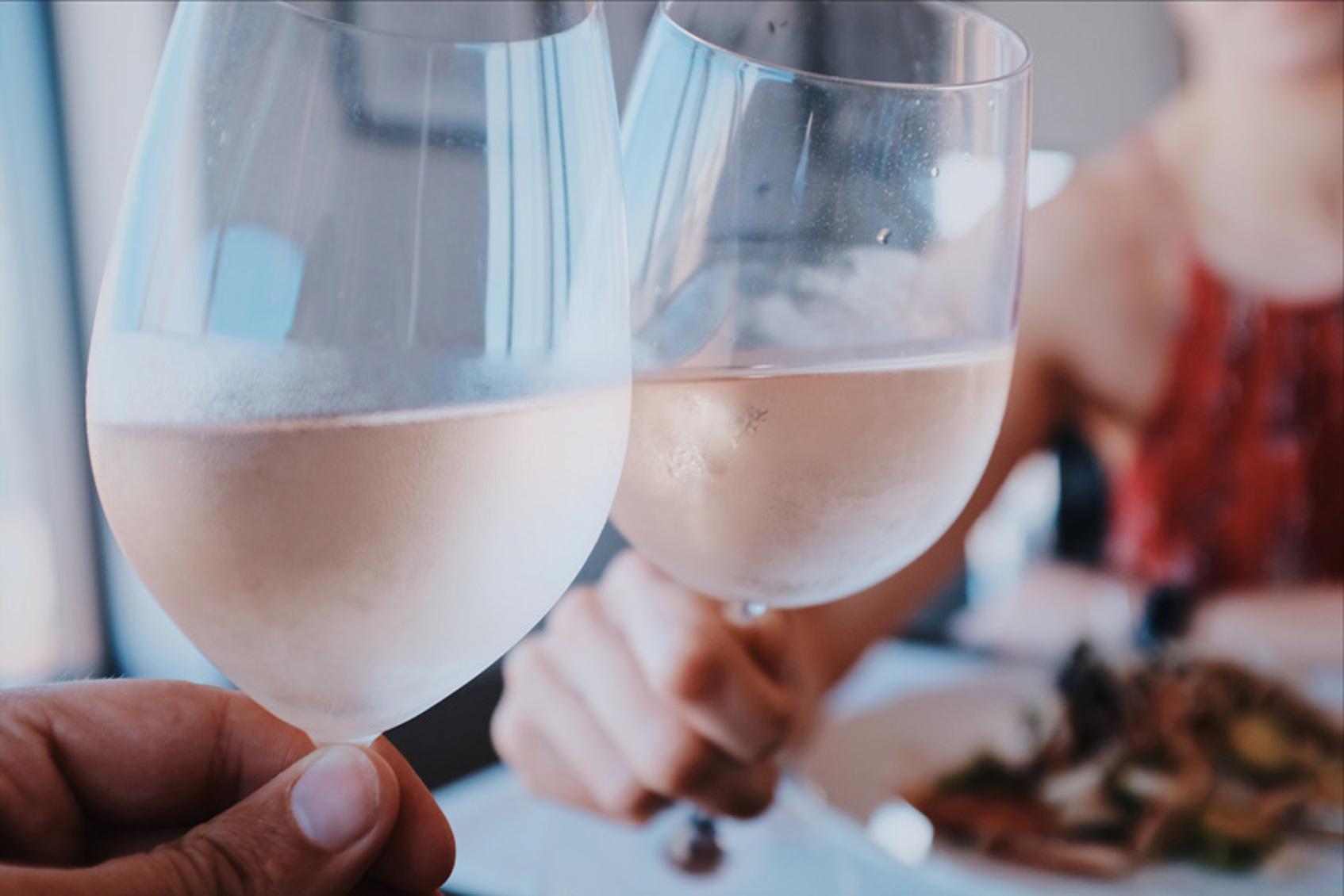 как выбрать бокал для белого вина