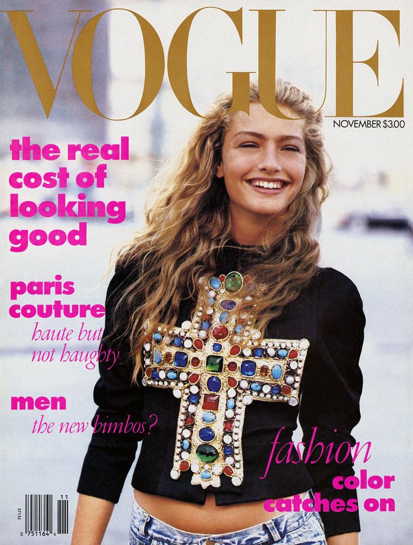 Микаэла Берку Vogue