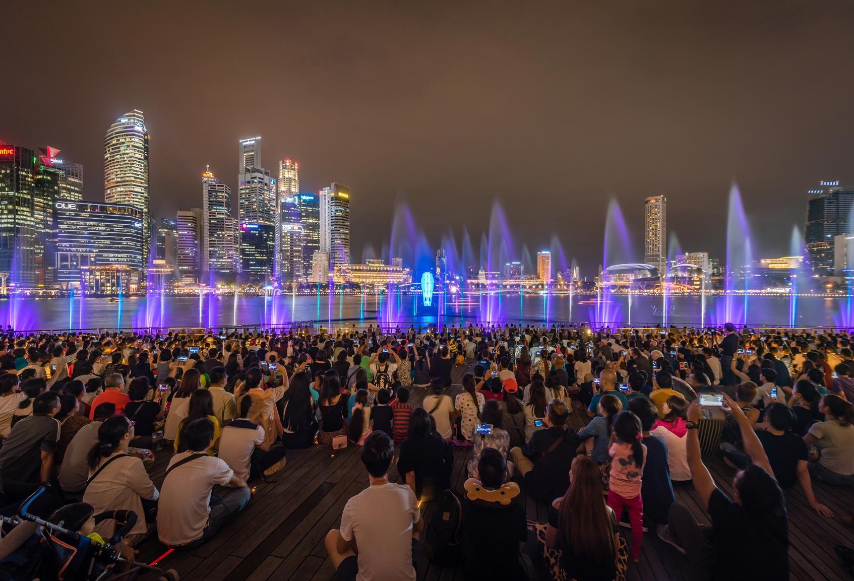 шоу фонтанов Сингапур