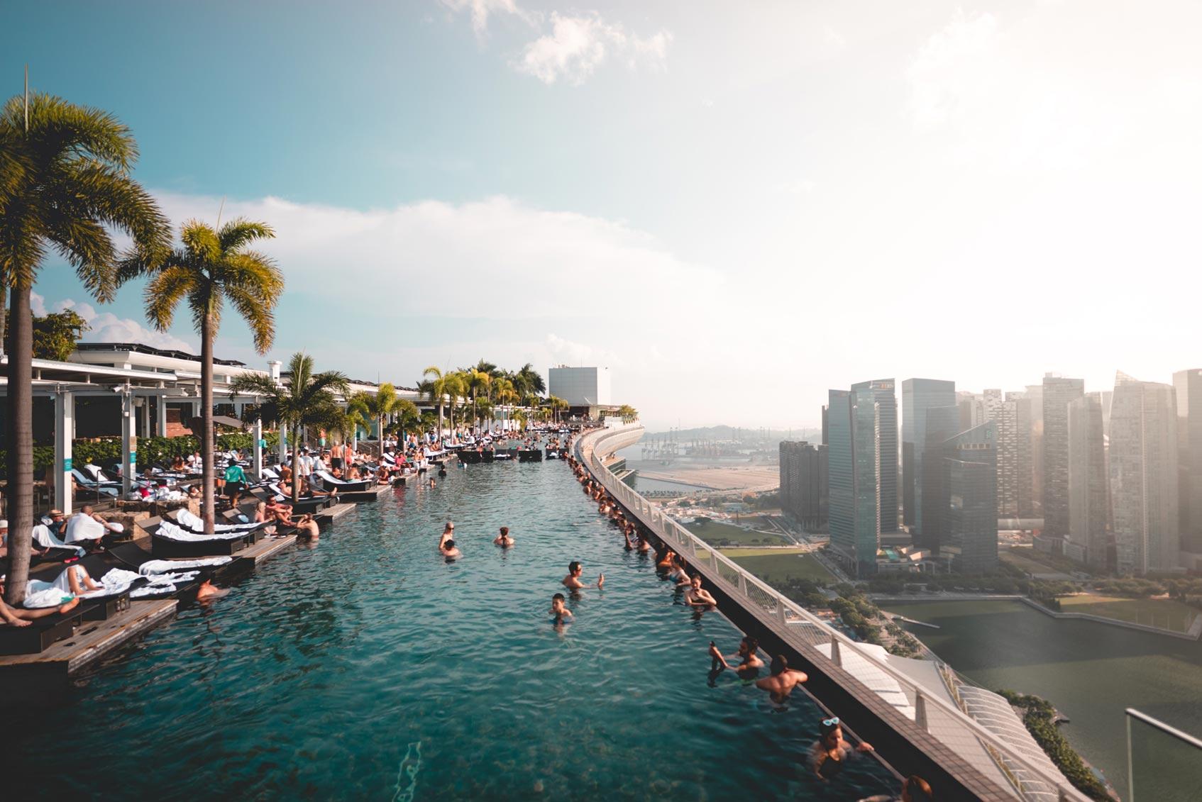 бассейн на крыше отеля Marina Bay Сингапур