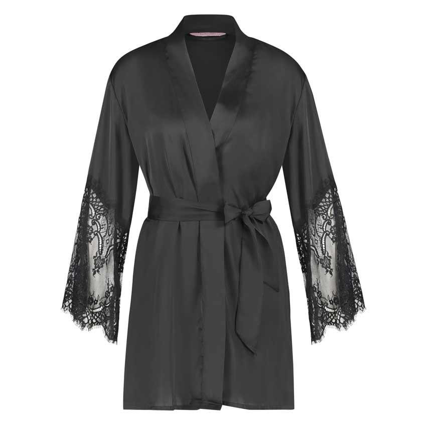 черный шелковый халат с кружевом