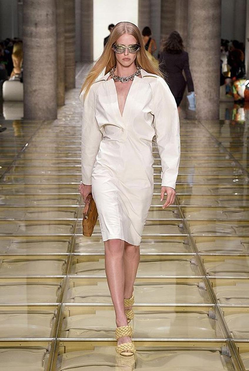 белое платье Bottega Veneta