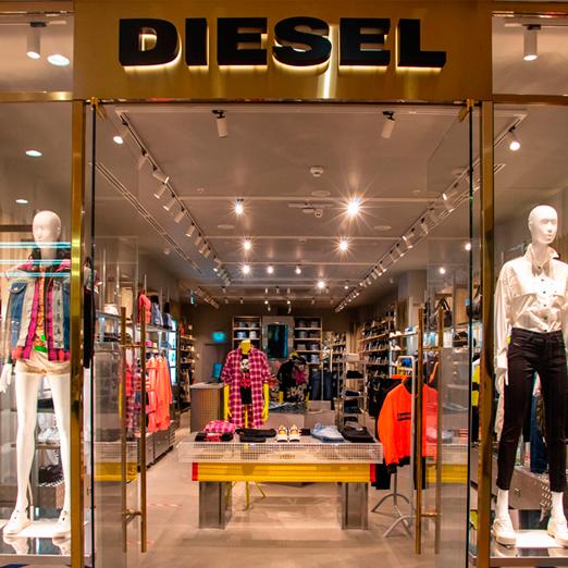 в москве открылся первый флагманский магазин diesel