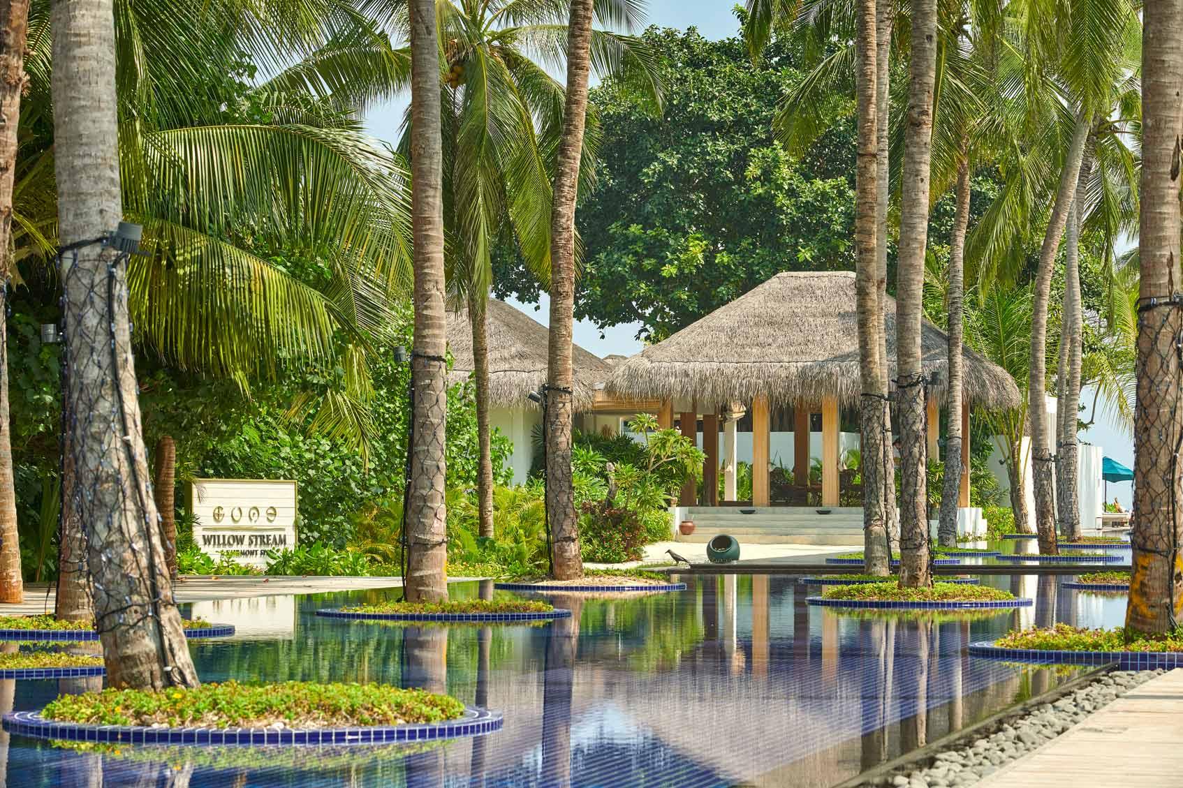 отель Fairmont Maldives Sirru Fen Fushi