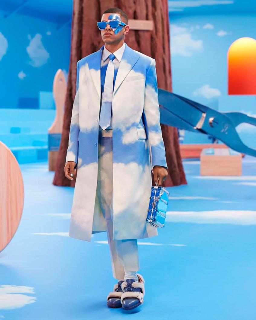 костюм Louis Vuitton
