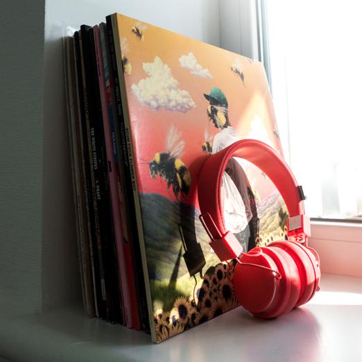 внил обогнал компакт-диски