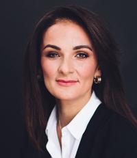 главный врач клиники White Story Зарина Бичикаева