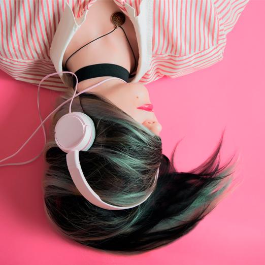 В Google теперь можно искать песни по свисту или мычанию