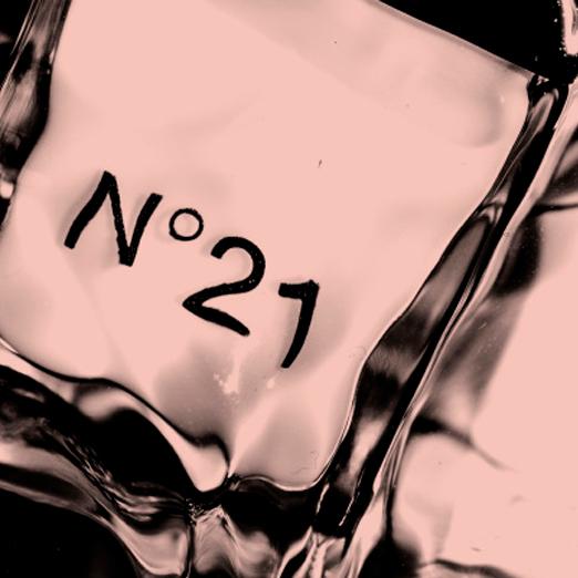 у бренда N°21 появится собственная марка косметики