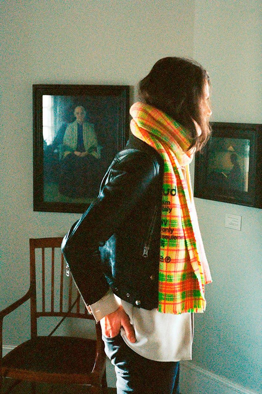 acne studios новые шарфы