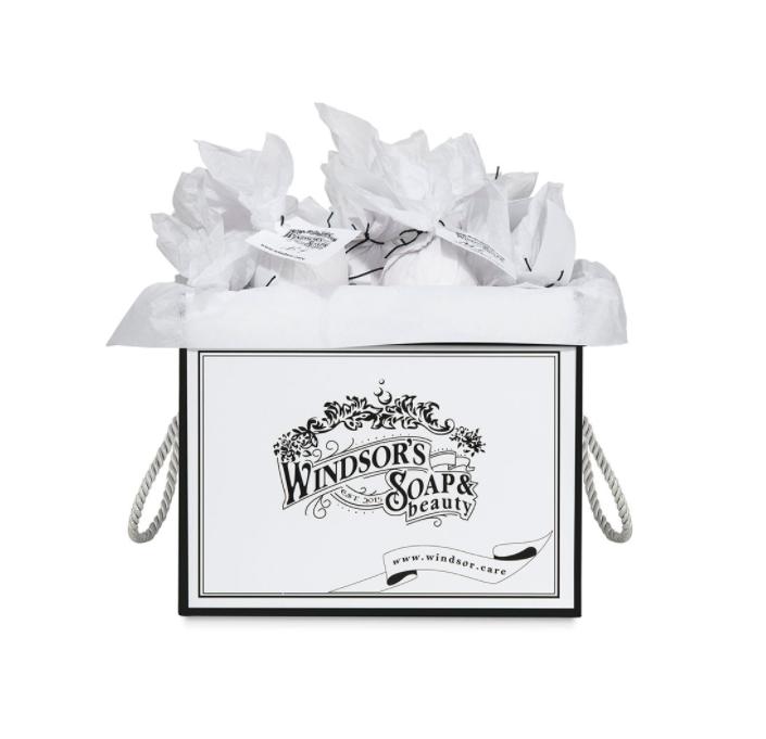 годовой запас бомб для ванны от Windsor's Soap
