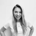 Оксана Петрова, ведущий мастер маникюра и педикюра салона красоты «Моне» на Столетова, 19