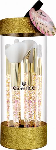 essence выпустил лимитированную коллекцию кистей для макияжа «Jingle Days»