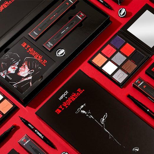 Группа My Chemical Romance выпустила коллекцию косметики