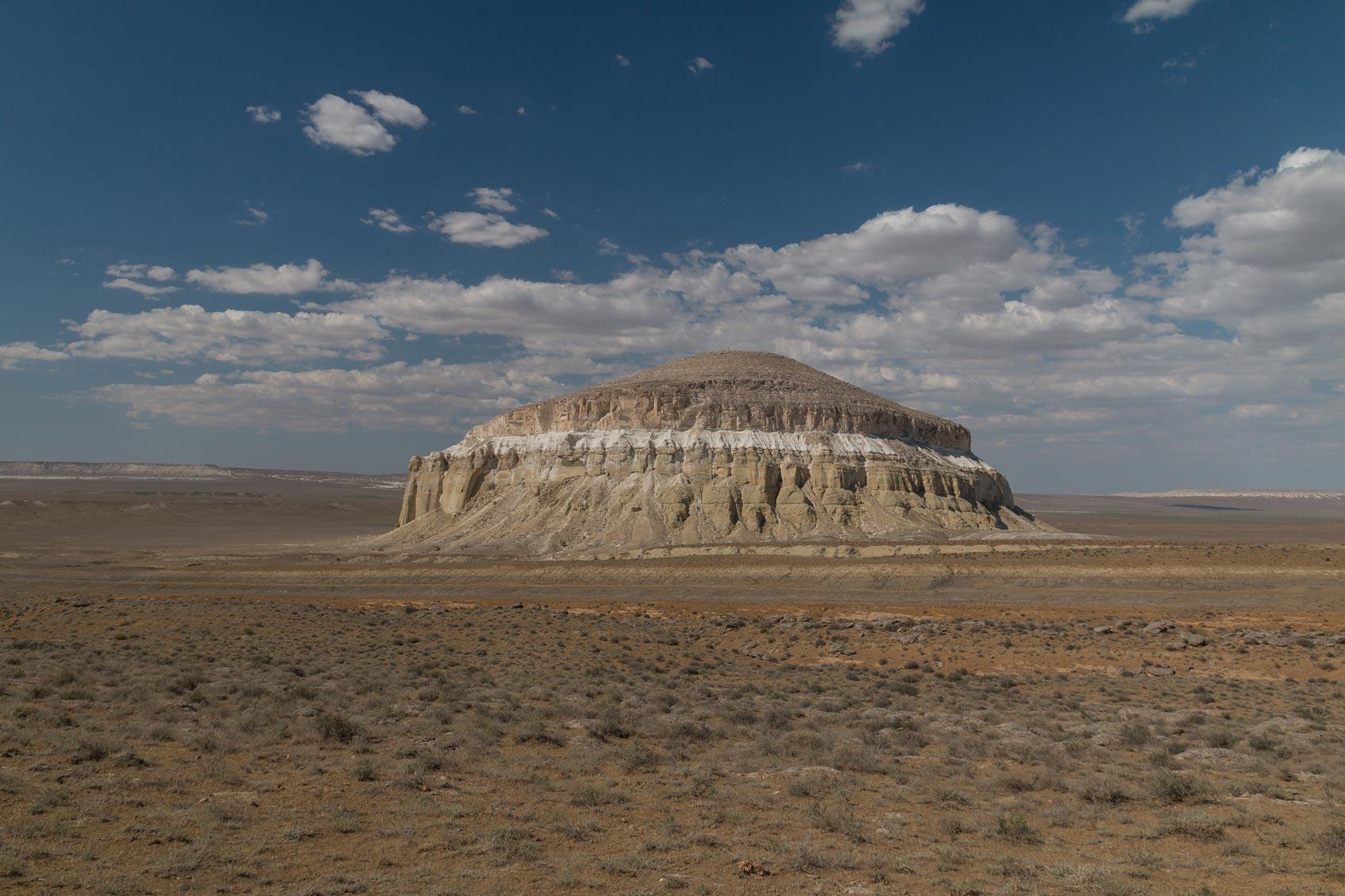 гора шеркала Казахстан