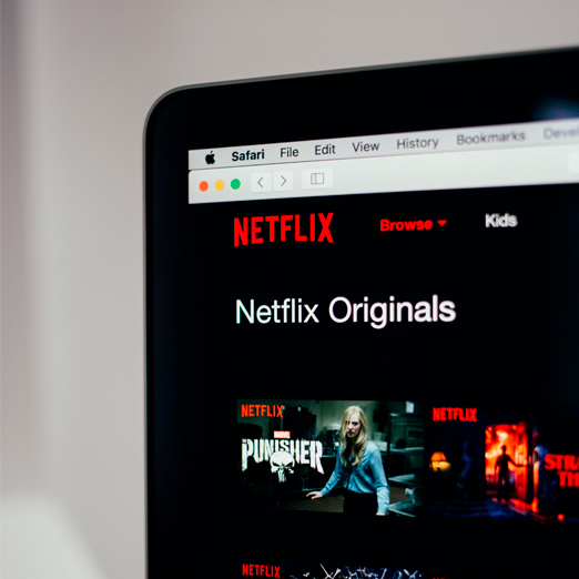 Netflix выпустил превью своих фильмов 2021 года
