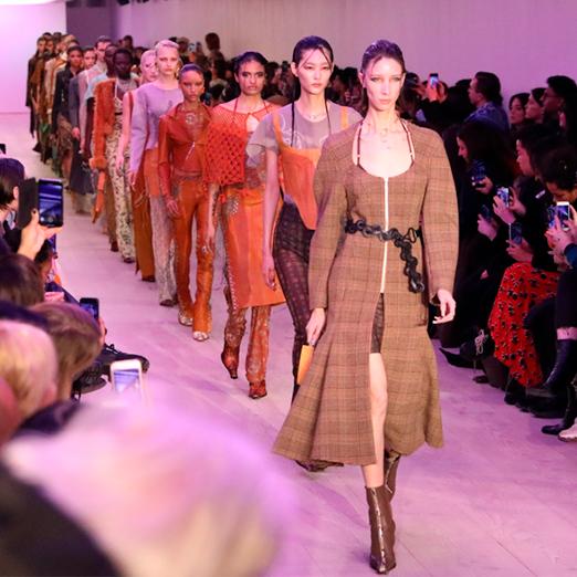 Неделя моды в Лондоне пройдет в виртуальном формате