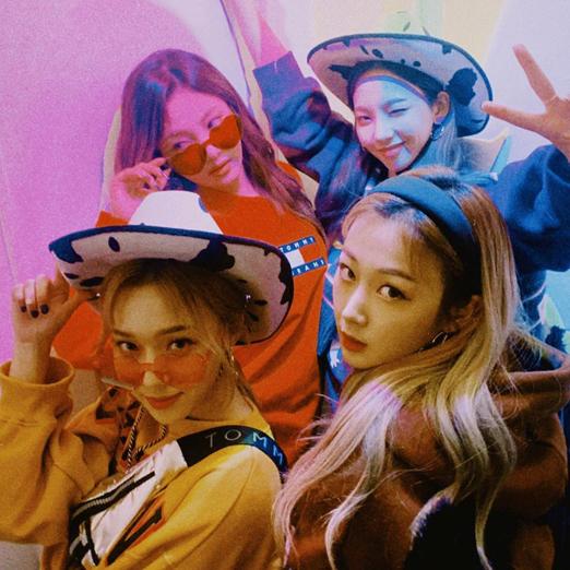 Новыми амбассадорами Givenchy стали участницы k-pop-группы Aespa