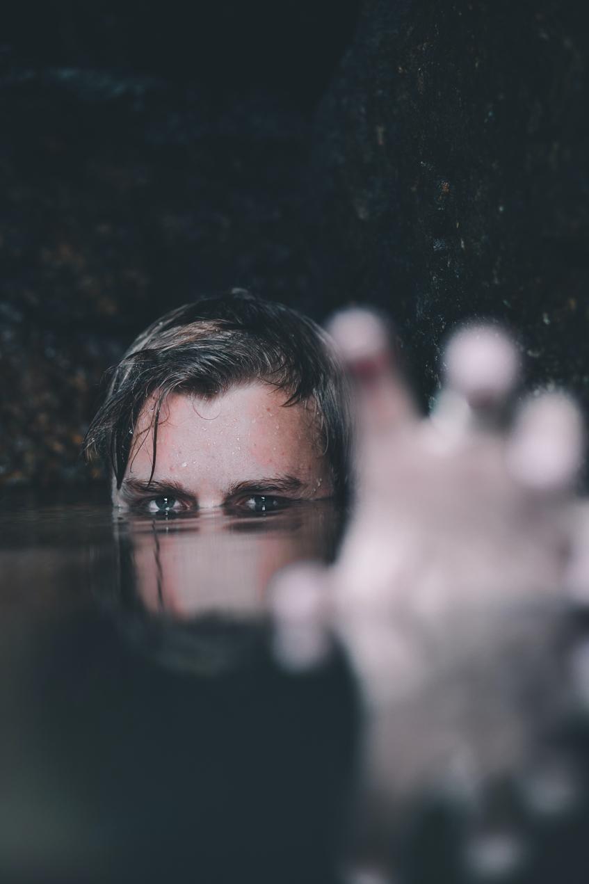 с депрессией рано или поздно столкнется каждый человек