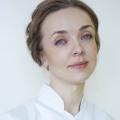 Наталья Высоцкая, руководитель направления «Косметология» ERSTA Академии, тренер-косметолог