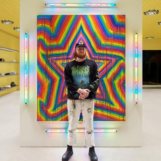 Acne Studios сделал коллаборацию с лос-анджелесским художником Беном Куинном
