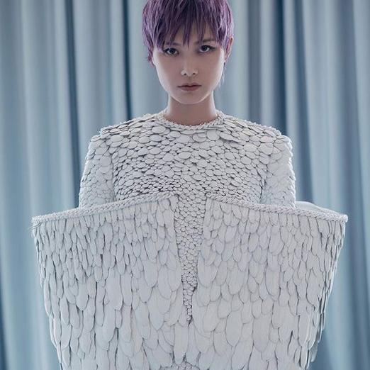 Певица Крис Ли стала новым амбассадором YSL Beauty