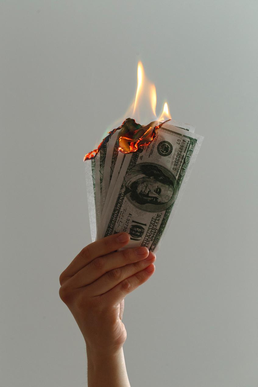 отношение к деньгам в пандемию