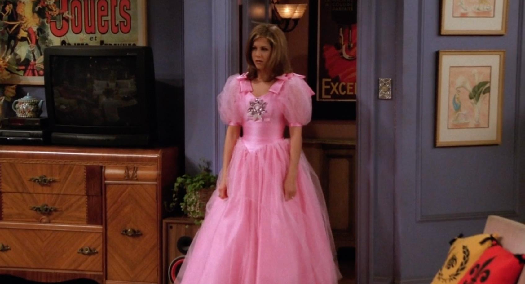 рэйчел в розовом платье друзья