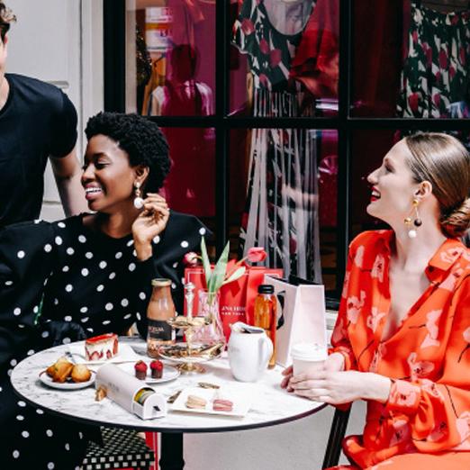 Во флагманском бутике Carolina Herrera в Нью-Йорке открылось кафе